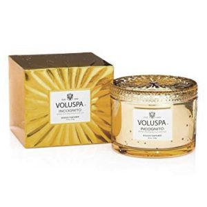 Incognito-świeca-zapachowa-corta-maison-Voluspa-HOME-STORY-świeca-zapachowa-perfumowana-home-ambiente-święta-prezent-